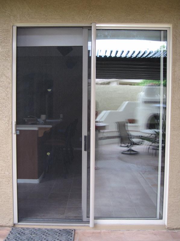 Retractable screen door reviews clearview floors doors for Retractable screen reviews